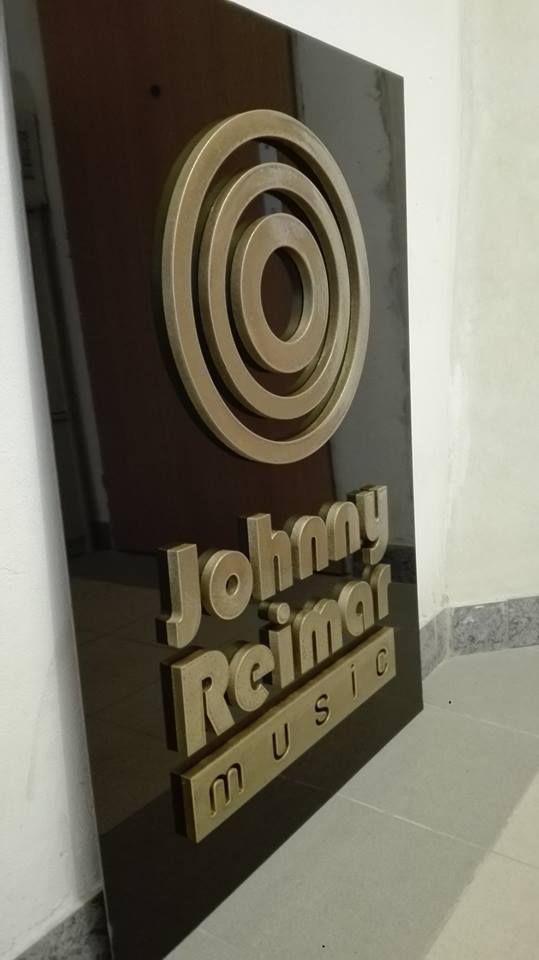 logo johnny reimar